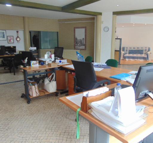 interior escritório da MCS Insurance